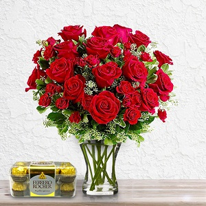 Double The Roses & Get Free Ferrero Chocolates From AED 345 Only